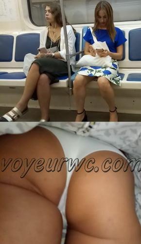 Upskirts 3846-3865 (Secretly taking an upskirt video of beautiful women on escalator)