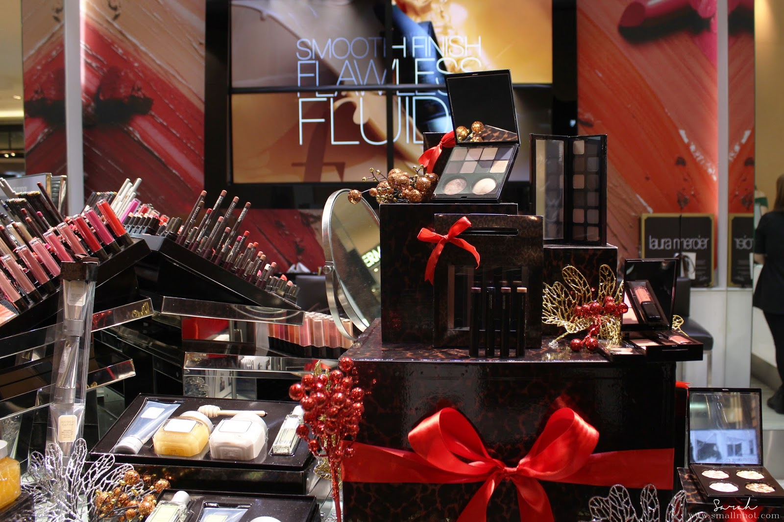 Laura Mercier christmas collection 2016; laura mercier gift sets; laura mercier holiday skincare collection; laura mercier holiday gift set price; laura mercier holiday makeup collection; Malaysia beauty online magazine; singapore beauty online magazine; must have laura mercier holiday collection