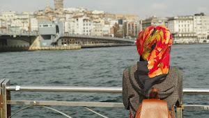 Orang Tua Harus Tahu, 5 Masalah Umum yang Sering Dialami Remaja Perempuan