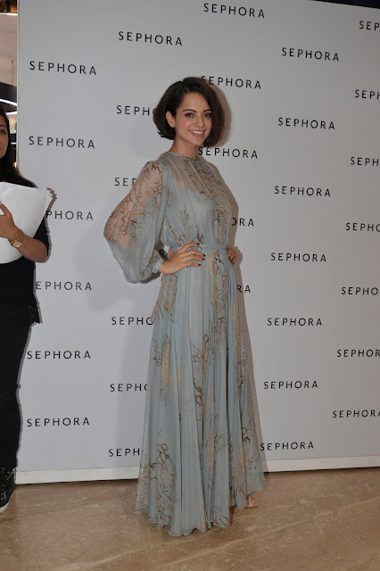 Kangana Ranaut Looked Gorgeous in Designer Grey Gown at Valentino