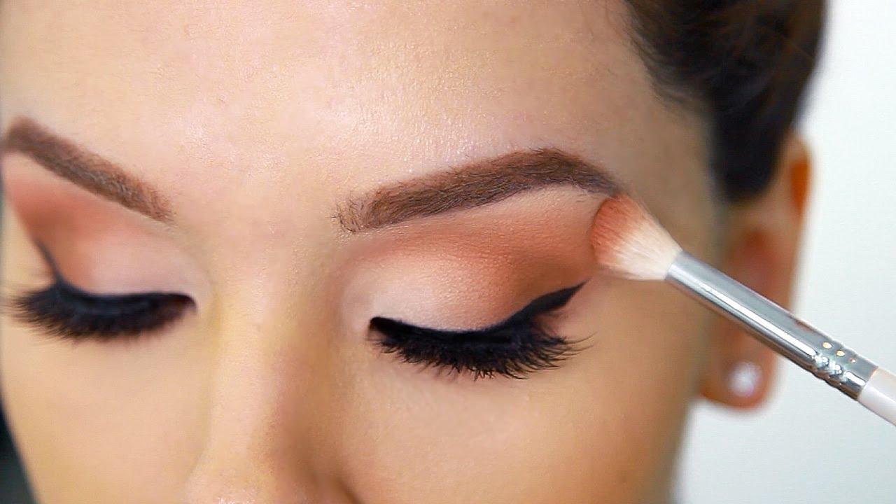 Produk Make Up Yang Wajib Dimiliki Wanita