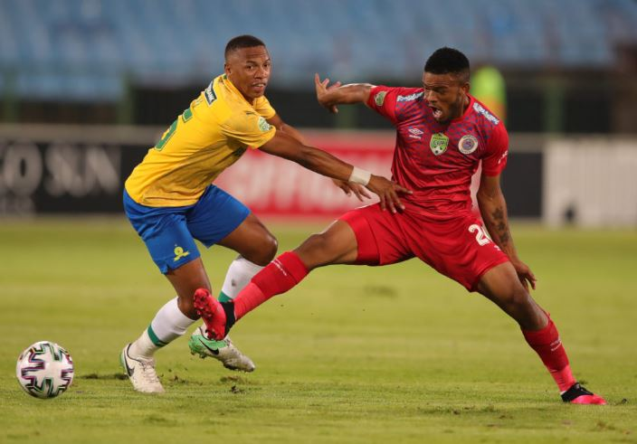 Mamelodi Sundowns midfielder Andile Jali in action against SuperSport United.