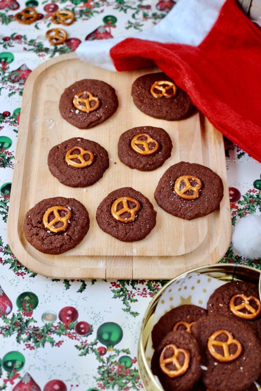 Brezel-Kekse mit Schokolade Rezept