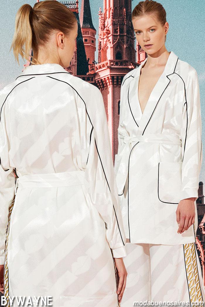 Sacos estilo batas primavera verano 2020. Moda mujer primavera verano 2020 ropa de moda 2020.