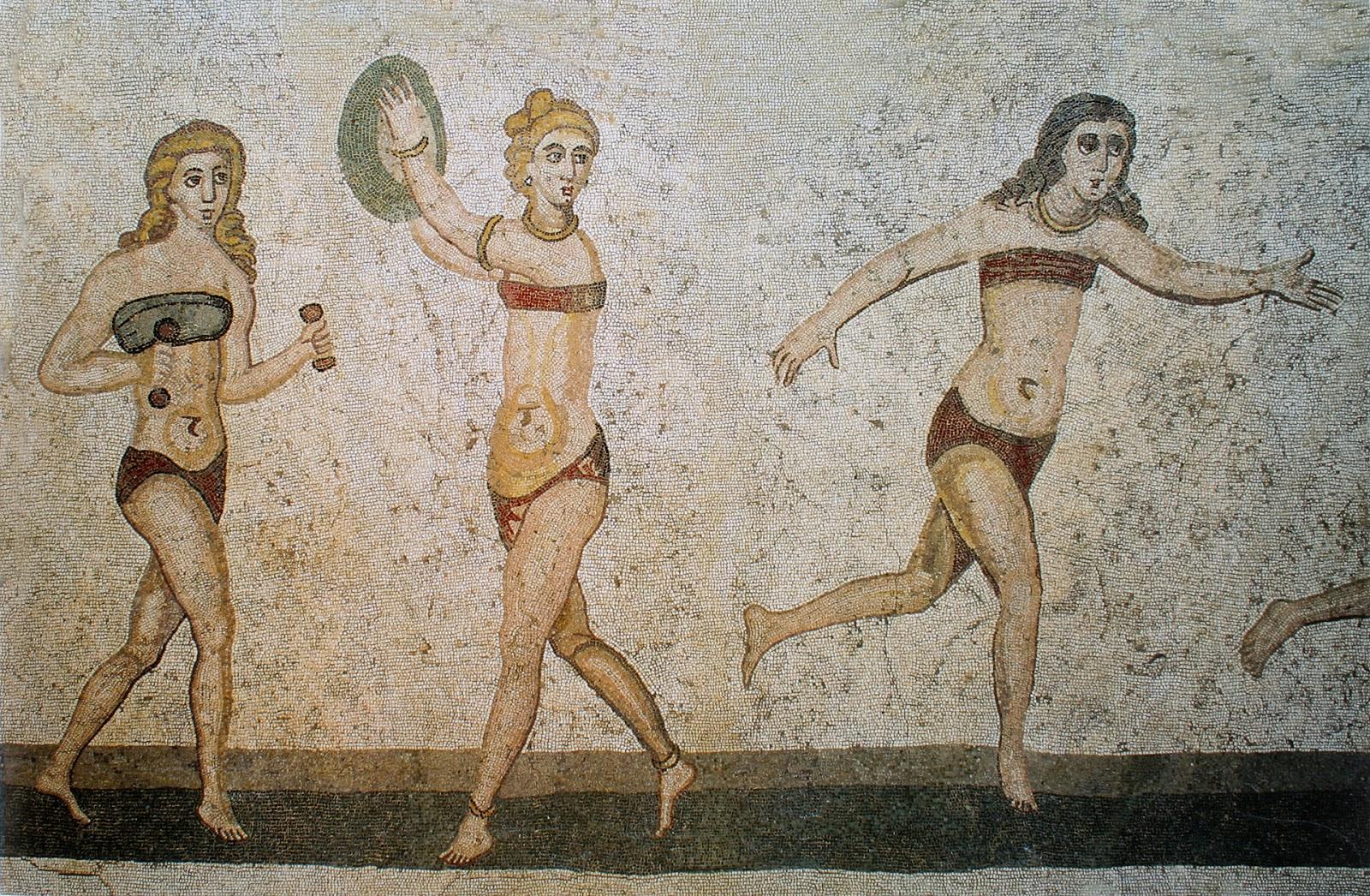 Wanita Yunani mengenakan Bikini sebagai Budak dan atlet