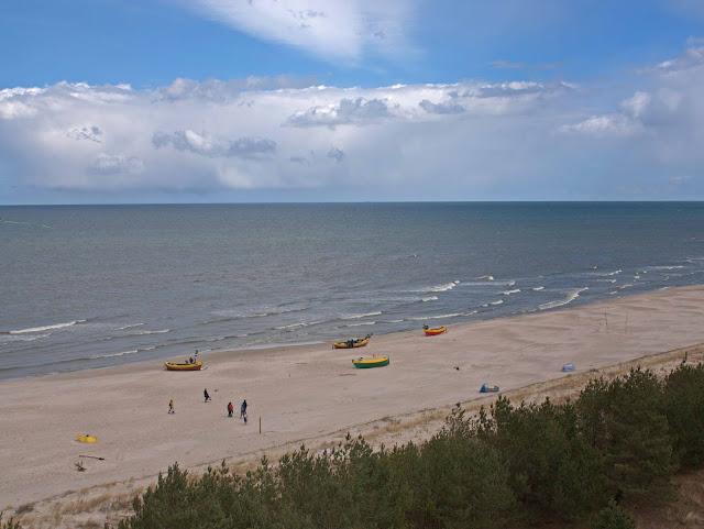 plaża Dębki, widok na plaże z wieży widokowej