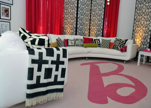 белый диван для барби