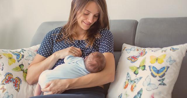 طرق الرضاعة الصناعية للطفل وسبب اللجوء إليها