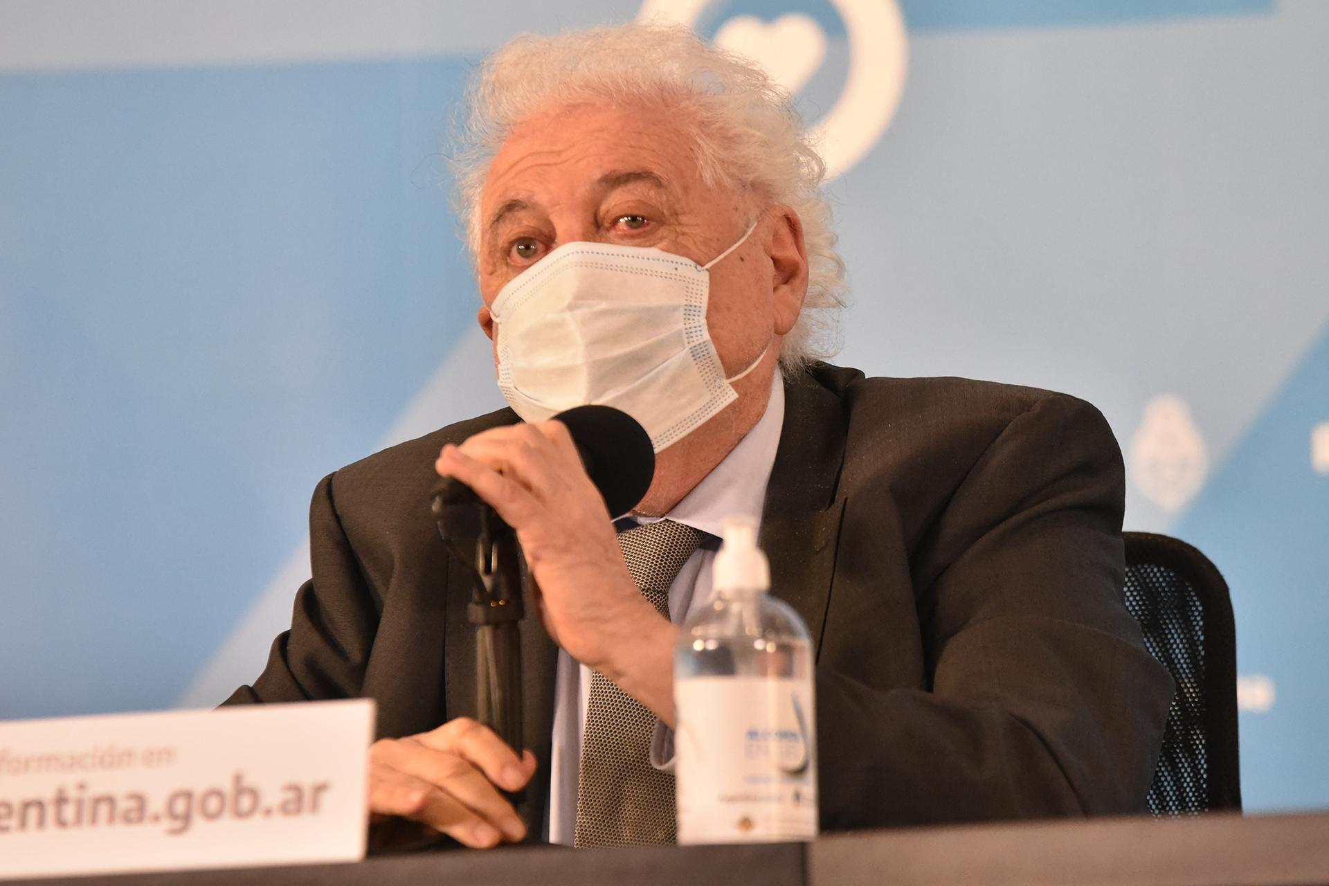 """Ginés González García: """"Tenemos un plan de vacunación en marcha y contratos firmados por más de 51 millones de dosis"""""""