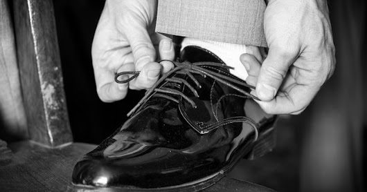 You're Knot Tying Your Shoes Right
