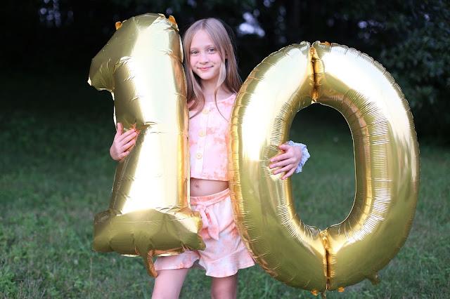 10th Birthday Photo Ideas