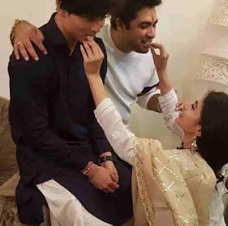 Mouni Roy With Her Brother And Amit Kapoor