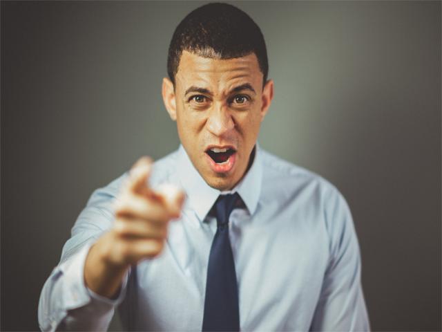 orang marah, motivasi kristen saat orang membalas kebaikan dengan kejahatan