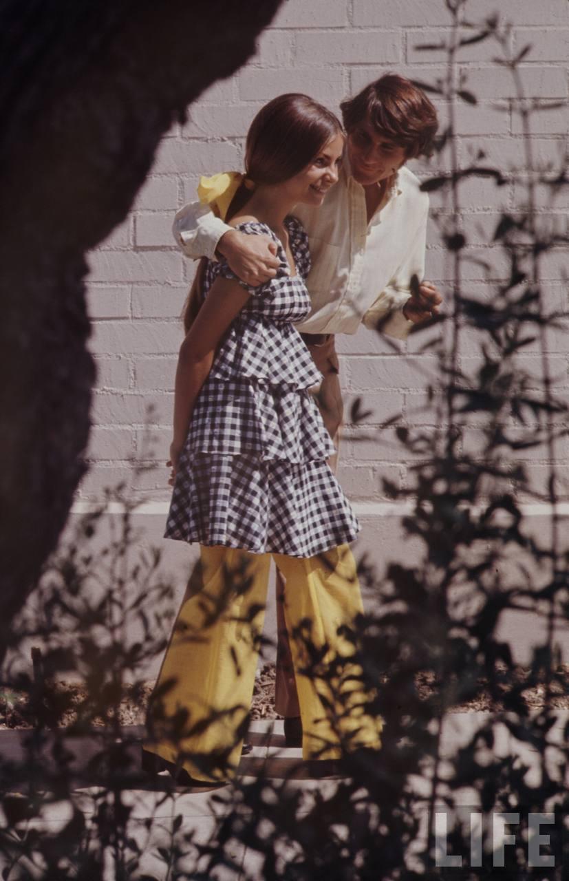 Estilo boho chic de vestir do século XX que poderia ser usado hoje