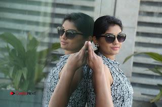 Telugu Television Actress Karuna Latest Pos In Denium Jeans  0120.JPG