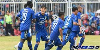 Persib Bandung Bawa 20 Pemain ke Serang