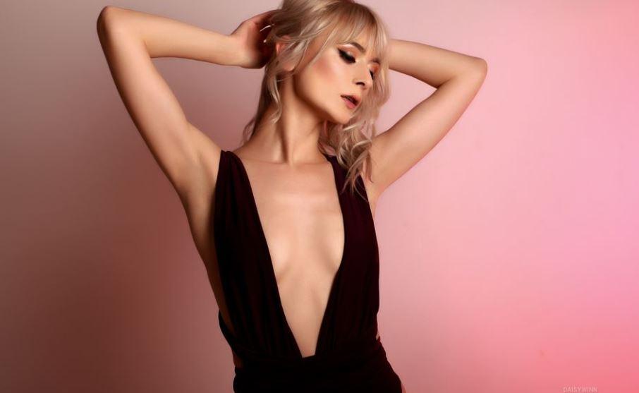 https://www.glamourcams.live/chat/DaisyWinn