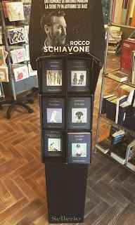 La Libreria Magna Charta promuove Manzini, Sellerio