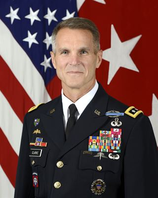 d1a7e026dbf9e Richard D. Clarke took control of U.S. Special Operations Command from Gen.  Raymond A. Thomas III during a change of command ceremony in Tampa