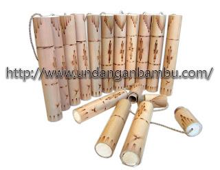 gambar undangan bambu ukuran 17cm