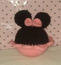 http://www.ravelry.com/patterns/library/mickey-and-minnie-mouse-souvenir