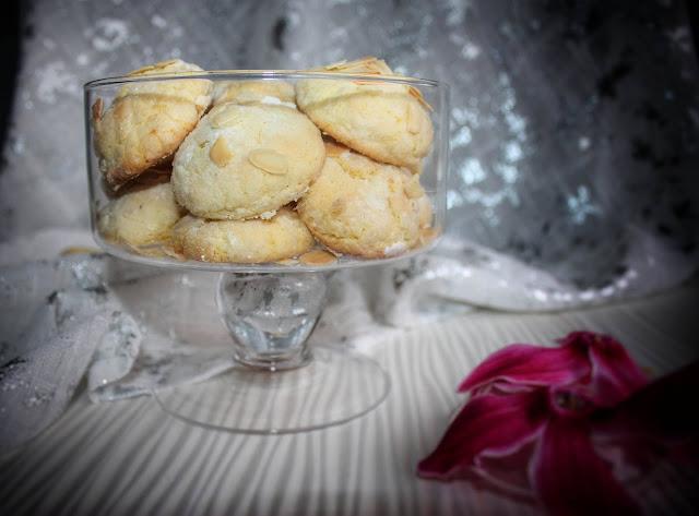 biscotti morbidi con mandorle e limone