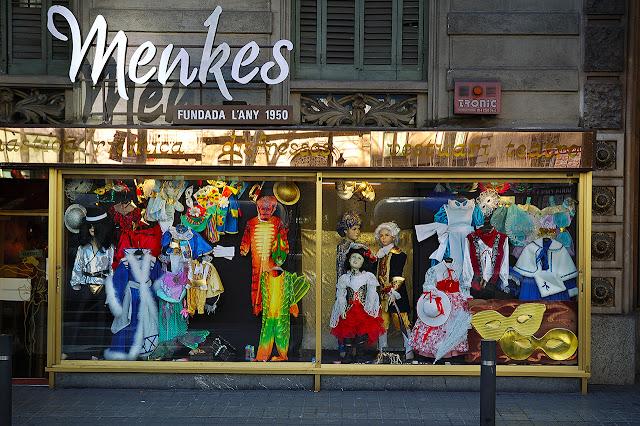 Menkes Costumes Shop in Barcelona