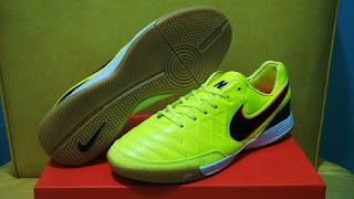 Nike Tiempo Mistik V Orange Light