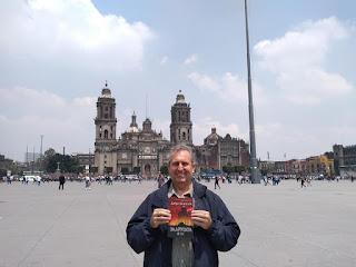 """""""Задругата"""", от Добри Божилов, в Мексико Сити"""