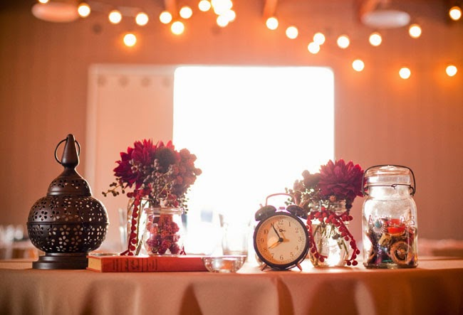 Vintage Red Wedding Themes