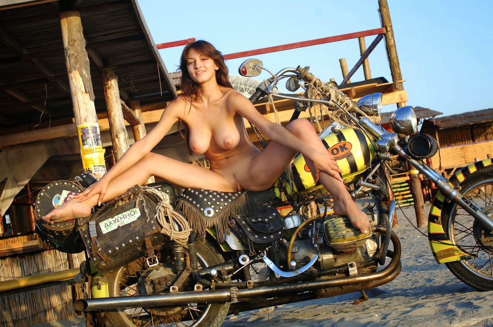 hot-girls-of-sturgis-nude-aishwarya-in-nude-scene