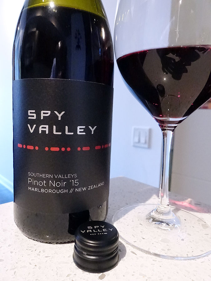 Spy Valley Pinot Noir 2015 (89 pts)