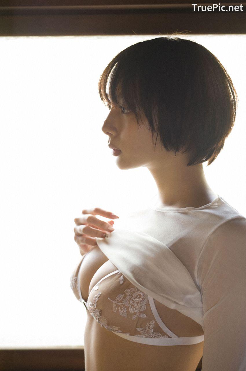 Image-Japanese-Model-Sayaka-Okada-What-To-Do-When-Its-Too-Hot-TruePic.net- Picture-9