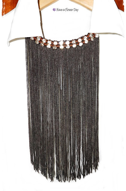 Collares flecos marrón · Brown fringe necklaces