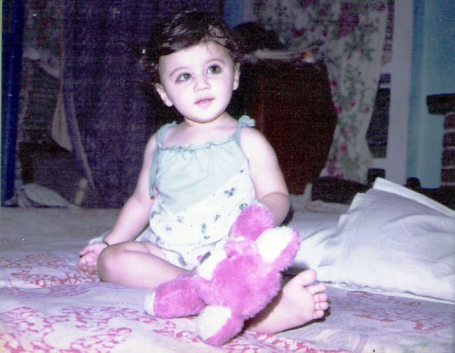 sunny leone childhood photo