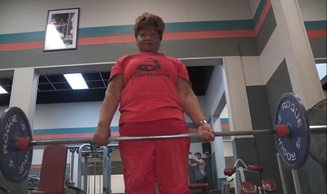 Com ajuda do Espírito Santo, idosa de 78 anos vira atleta e bate 19 recordes mundiais