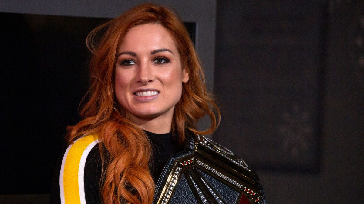 Sheamus diz que o vestiário da WWE sente falta de Becky Lynch