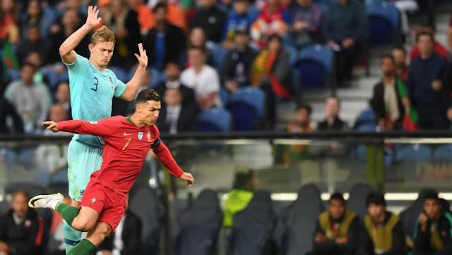 CR7 demande à Mathijs de Ligt de signer à la Juventus
