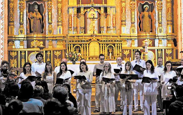 O Festival Internacional de Barroco Boliviano atrai a participação de artistas europeus.
