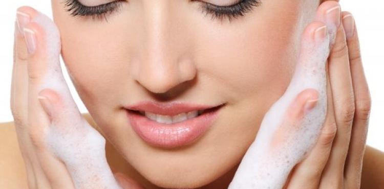 dced4f3b92 El ritual de belleza que debes realizar para una piel bonita.