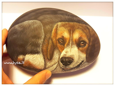 sassi dipinti  fermacarte cani ritratti