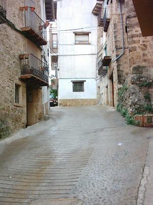 San Roque, San Roc, cuesta arriba, Beceite, Beseit, carreró