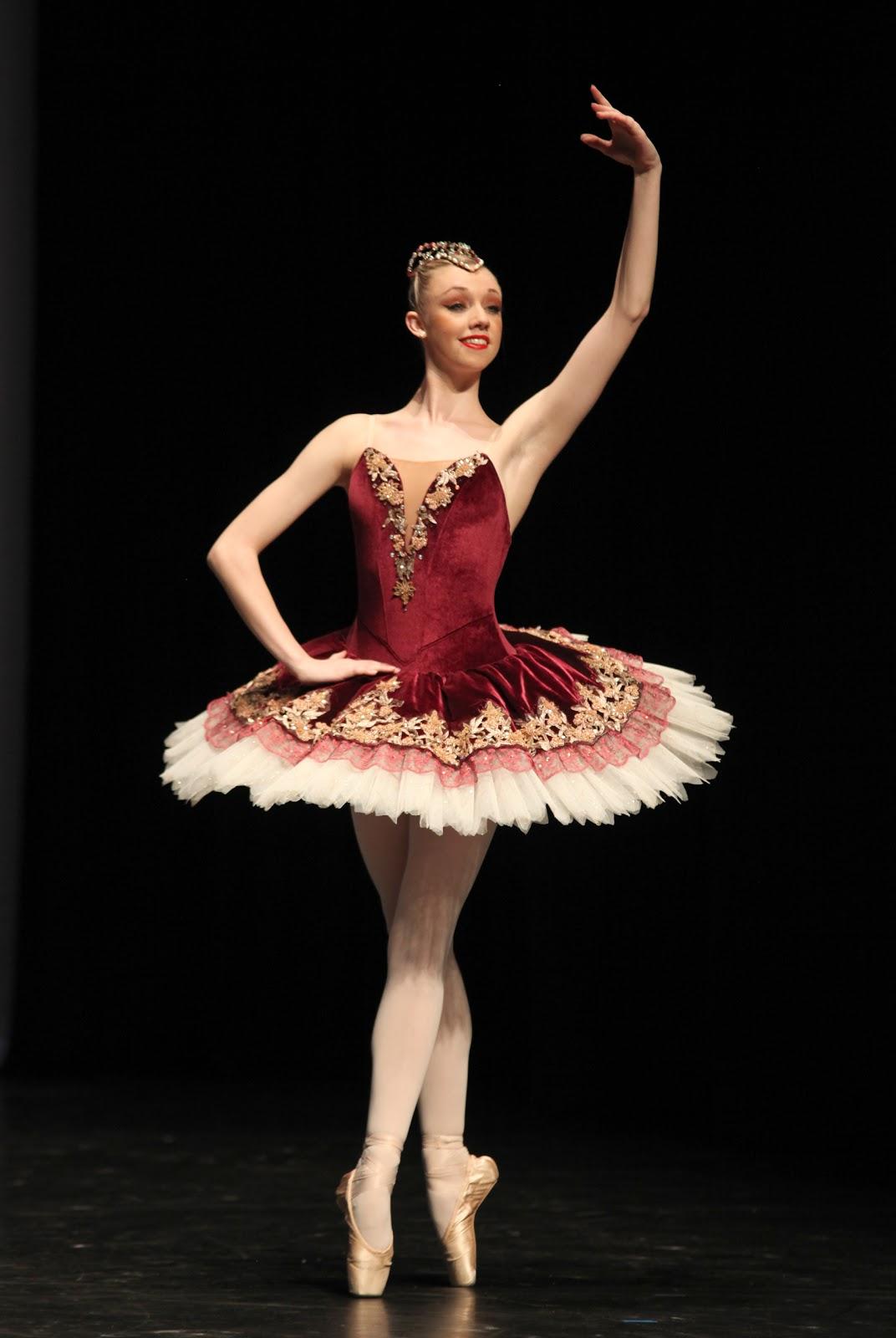 Tutus That Dance: July 2012