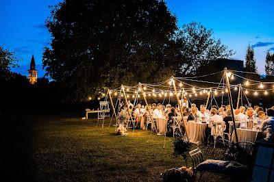 foto matrimonio all'aperto luci