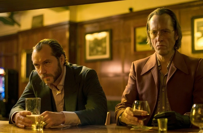 http://www.coctelesfueradeserie.com/2014/06/dom-hemingway-con-jude-law-barra-libre-whisky.html