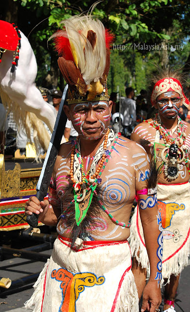 Papua Indonesia Tribe
