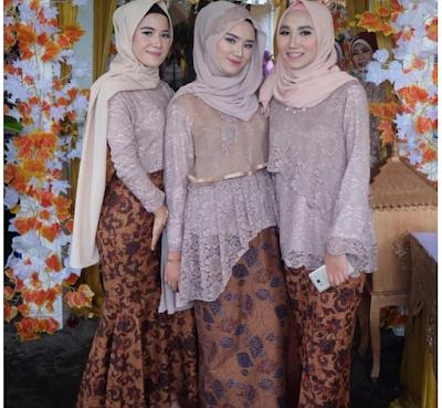Model baju gamis batik kombinasi brokat terbaru