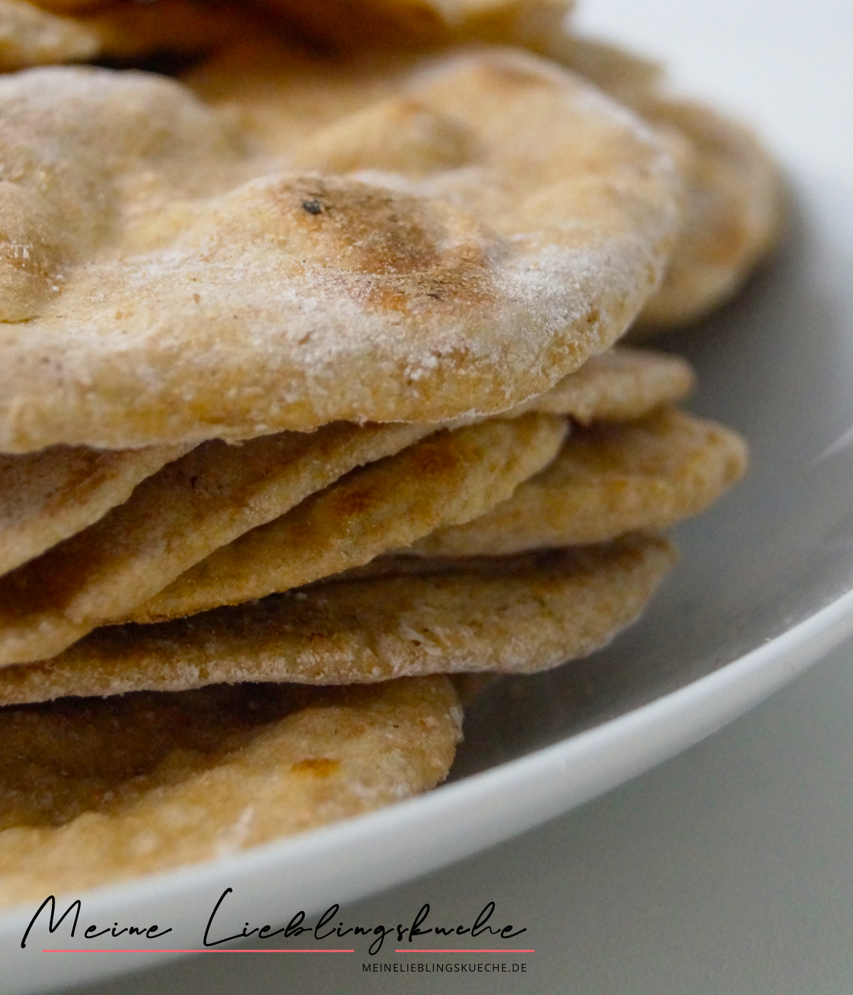 Naan-Brot aus Dinkelvollkornmehl mit Backpulver