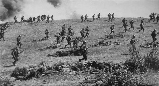 Soviet soldiers attacking in southern Russia, 2 April 1942 worldwartwo.filminspector.com