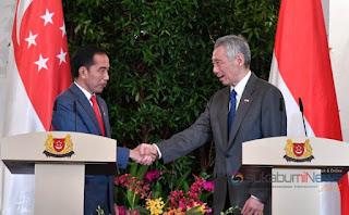 *Presiden Jokowi dan Perdana Menteri Lee Hsein Loong*